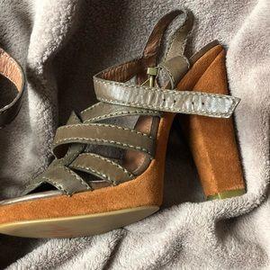 Like new sandal heels 7forAllMankind